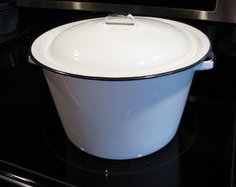 Vintage Black And White Enamel Stock Pot With Handled Lid