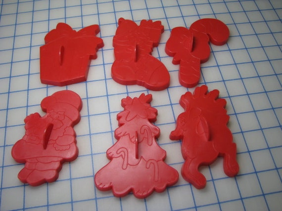 Vintage Set Of Wilton Red Plastic Christmas Cookie Cutters