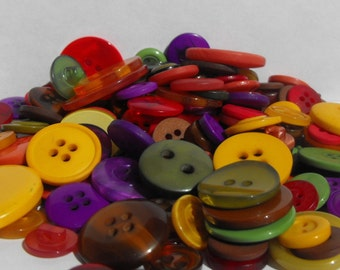 Autumn Buttons, 100 Bulk Assorted Round Multi Size Crafting Sewing Buttons
