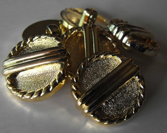 """25 Gold Snowshoe Large Shank Buttons Size 7/8"""""""