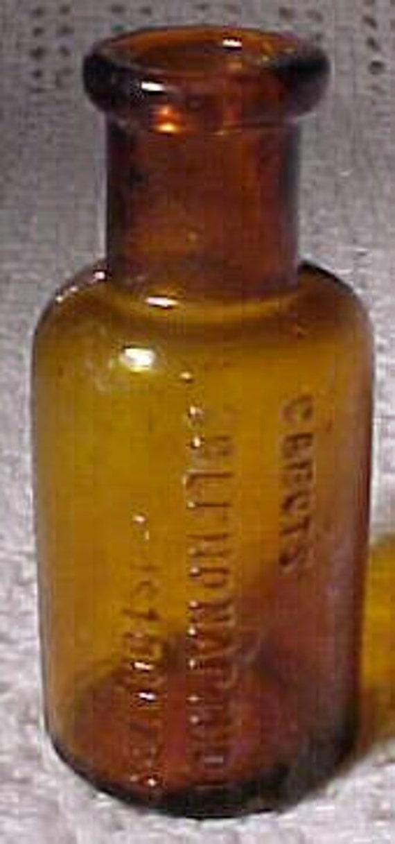 c1890s Cabot's Sulpho Napthol Boston, Mass. , Amber Blown Glass Cork Top Medicine Bottle