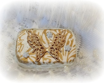 Ring box, Brides Maid Gift, Altered Altoid Mini Tin, Mini Tin, Keepsake Box, Altered Tin Box, Hand decorated Box, Upcycle Recycle, Butterfly