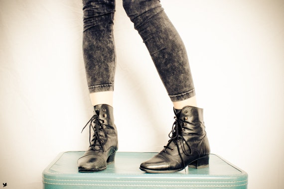 Vintage Black Granny Boots, Lace up Boots, Grunge Ankle boots