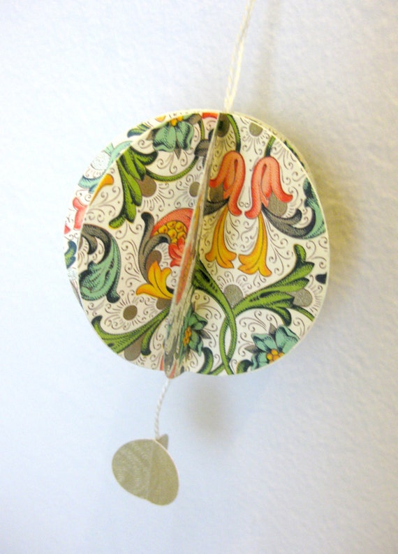 Holiday, Elegant, Italian paper, Floral, Christmas, Gold Paper, Ornament