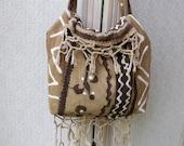 Safari style brown and natural colors hessian-like tote bag