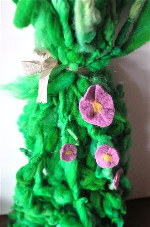 Handspun Flower Yarn, Thick and Thin, Super Bulky Merino Single, Handdyed Art Yarn