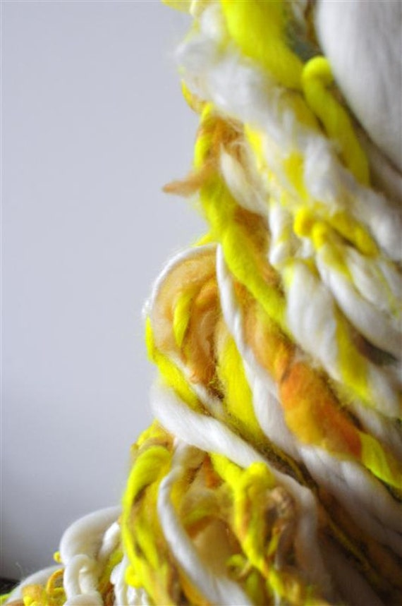 Handspun Yarn, Bulky, Puffy, Soft, Bright, Wool