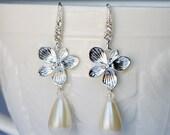 Bridal Earring Wedding Earring Rhinestone Earring Crystal Dangling Earring Pearl Earring Wedding Jewelry Bridal Jewelry ER023LX