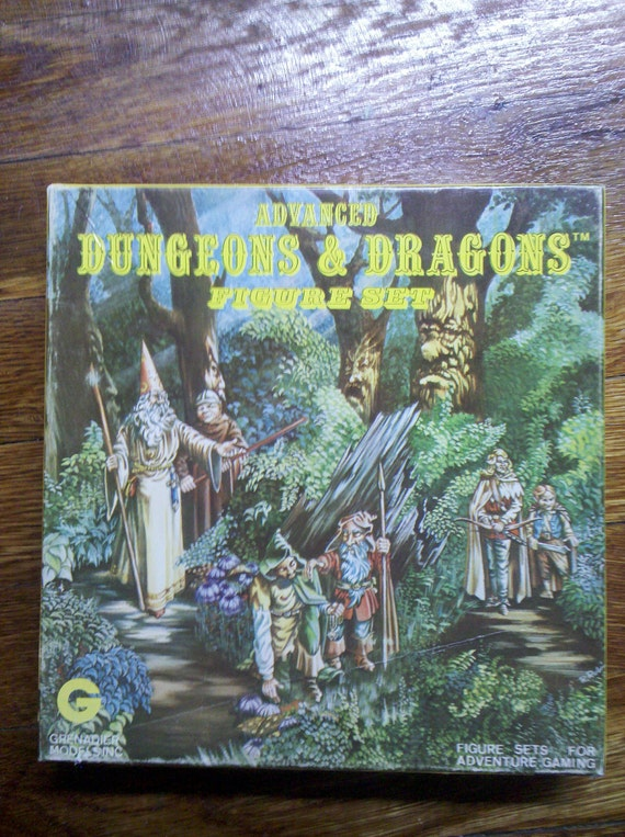 """Advanced Dungeons and Dragons Figure Set of 20 Miniatures """"Woodland Adventurers"""""""