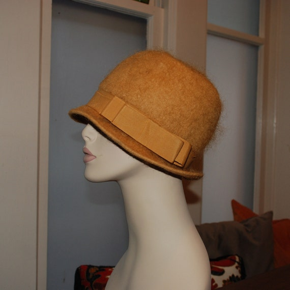 vintage 1920's CLOCHE COUTURE Hat- Flapper Era Millinery