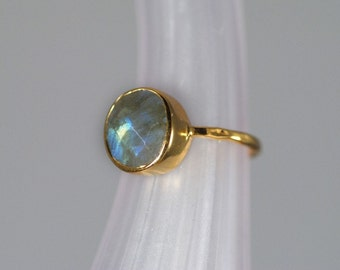Labradorite Ring Gold, Gemstone Ring, Solitaire Ring, Stacking Ring, Gold Ring, Round Ring, Handmade Ring, Labradorite Stone, Boho Chic
