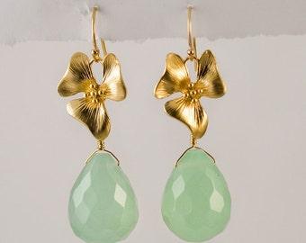 Green Sea Foam Quartz Earrings - Gold Flower - Gold Earrings -  Large Gemstone Earrings - Gold Orchid -