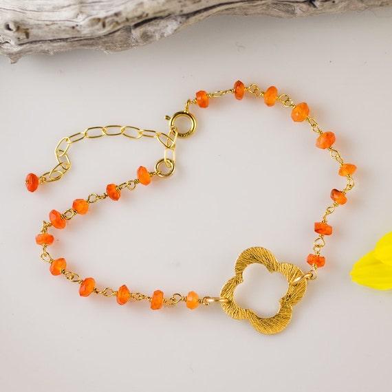 Orange Carnelian Bracelet - Four Leaf clover bracelet - Gold bracelet - Lucky Charm bracelet - stack bracelet