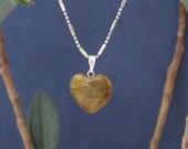 Tiger Eye Heart Pendant Necklace Valentine's Day Girlfriend Gifts for Her, Talisman Protection Gemstone Jewelry Solar Plexus Chakra Jewelry