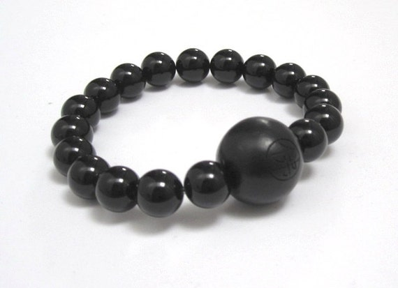 Men Beaded Bracelet Buddhist Wood Bead Onyx Chakra Mala Beads Inspirational Jewelry Gifts Under 30 for Yoga Teacher Friend Strength Bracelet