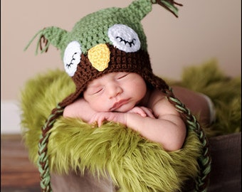 CLOSEOUT-3-6 MONTH Green and Brown Sleepy Owl Hat