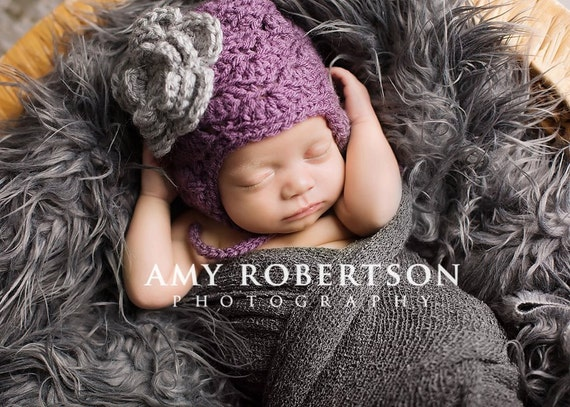CLOSEOUT-3-6 MONHTS Dusty Purple Hat with Grey Flower