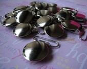 25 Round Pacifier/Suspender clips 3/4 inch