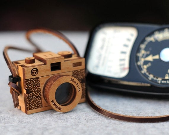 3D Wooden Camera Necklace