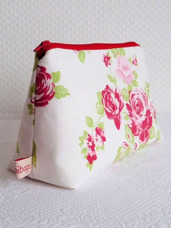 Cosmetic pouch. Darla Rose