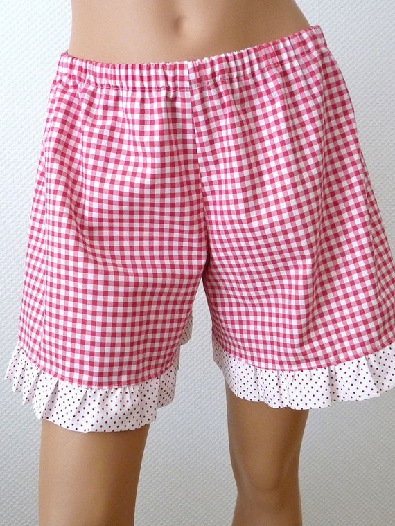 Ruffle Shorts. Red Gingham and Swiss Dots. Size Medium. Picnic