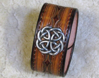 "Hand Tooled Leather Cuff / Wristband / Bracelet- C23001 - ""Scot's Knots""  with Celtic Concho - Made to order - Free Shipping in USA"