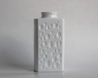 Vintage Op Art Bisque Vase - Königlich Tettau 60s