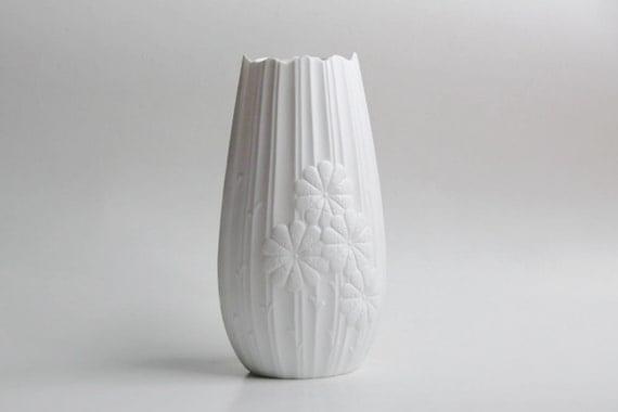 Vintage German Op Art White Bisque Vase  - Kaiser 70s