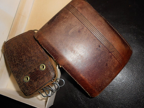 Distressed Leather Wallet & Key Case 40s Era Set In Original Box - Perfect For Steampunk