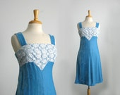 1960s crushed  velvet baby blue a-line little lace bodice cocktail midi dress with  size smal