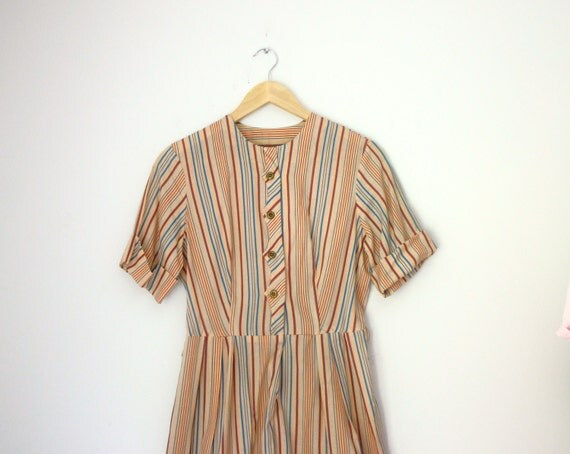 "Vintage 1940s vertical stripe sand colored day dress with scalloped button front detail, 37.25"" bust 31.25"" waist, size medium or large"