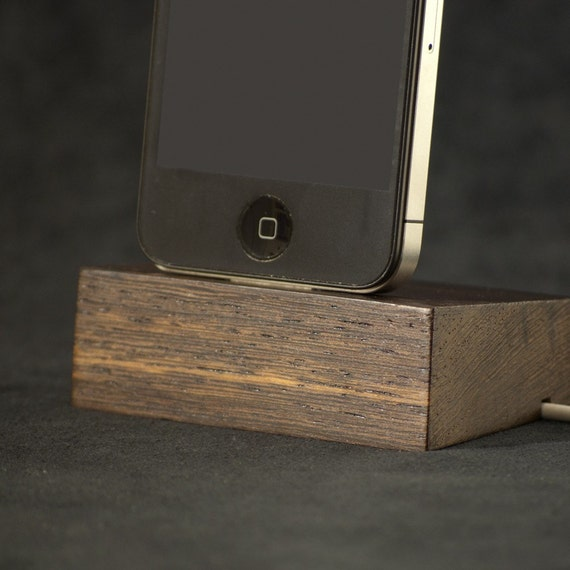 iPhone 4 Dock / Stand / Docking Station- Wood - Wenge