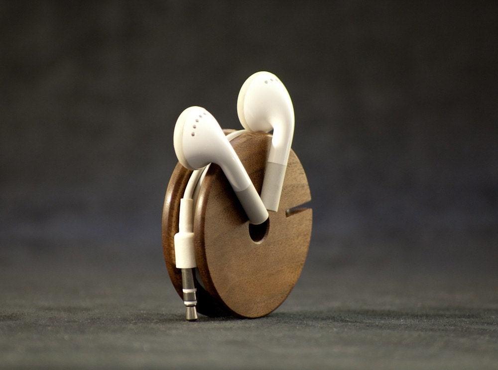 Wooden Earphone Holder Earbud Cord Organizer Headphone Case