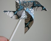 Wedding Favor Pinwheels 12 Mini Pinwheels Blue and Gray Classic Love (custom orders welcomed)