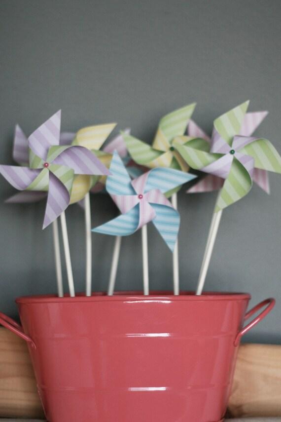 Pinwheels Cake Topper 12 Mini Pinwheels Bubble Gum (Custom orders welcomed) Wedding favors