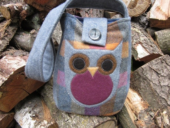 Owl totebag, recycled wool