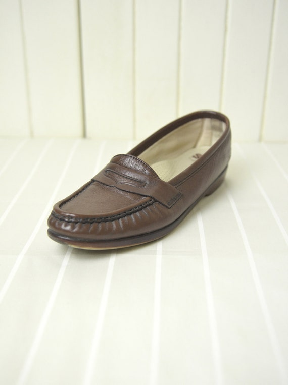 Dark Brown Loafers / Vintage Leather Skimmers Size 8.5