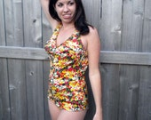 1950's floral one piece pin up swimsuit. Boycut. Medium, large.
