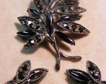 Weiss Demi Parure Hematite Brooch and Clip Earrings