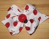 Ladybug Print Double Bow Hair Bow