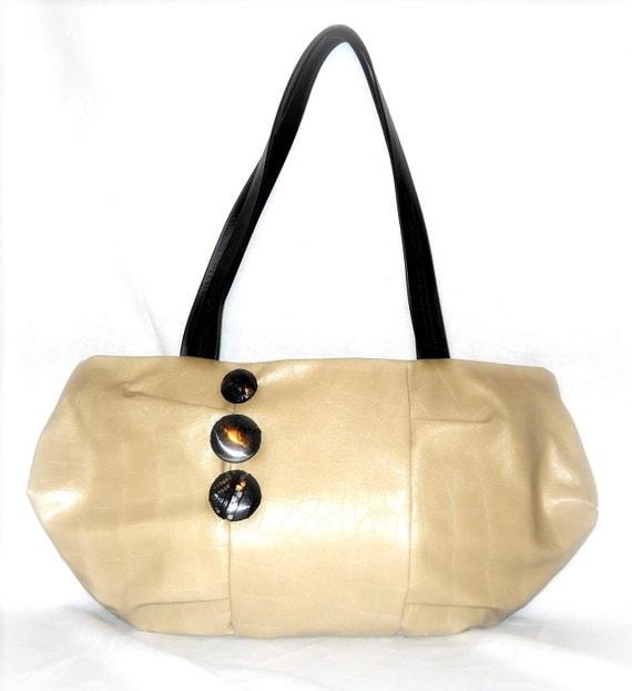 Medium Leather Otus Style Purse