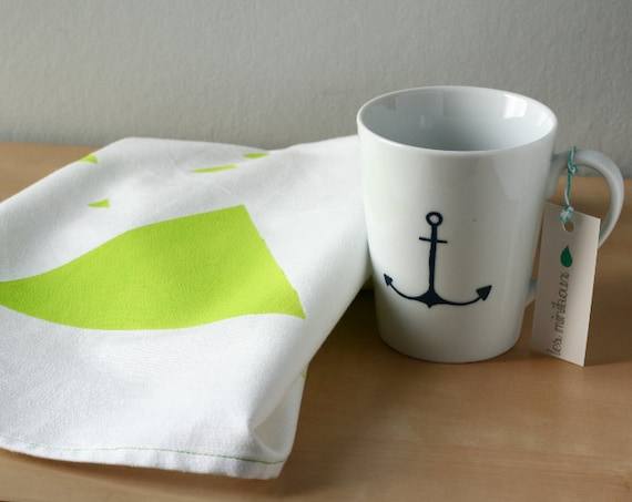 Lime green Triangles tea Towel - Triangles towel - White and green dishcloth