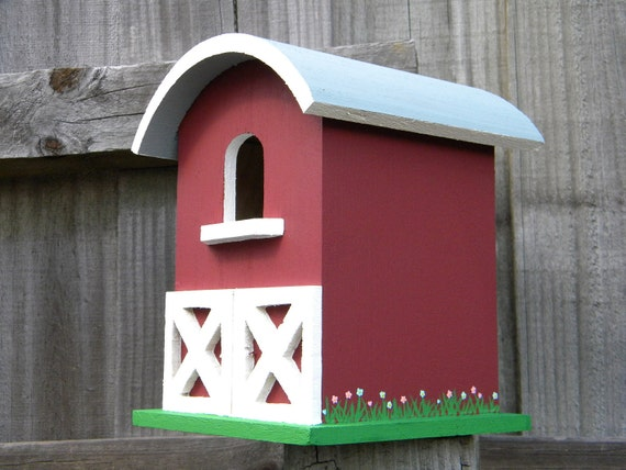 Large Barn Bird House