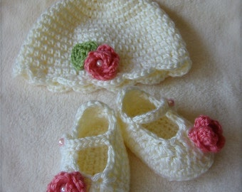 Newborn Gift Set Rose- Hat and Booties