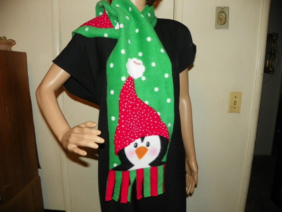 Beautiful Christmas Penguin Fleece Scarf Green Red and White