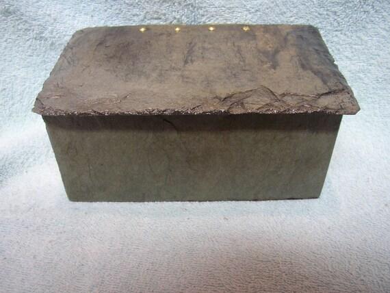 Beautiful handmade slate box with lid ML-7