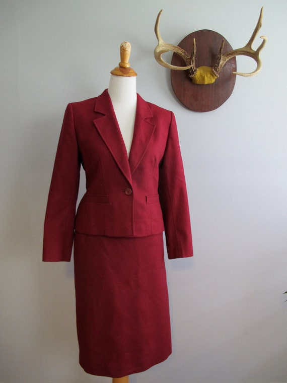 Vintage Pendleton Wool Suit in Cranberry Small