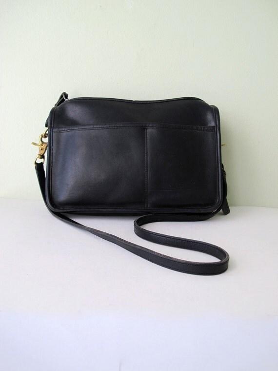 COACH New York City Shoulder Bag in Black // COACH Leather Purse