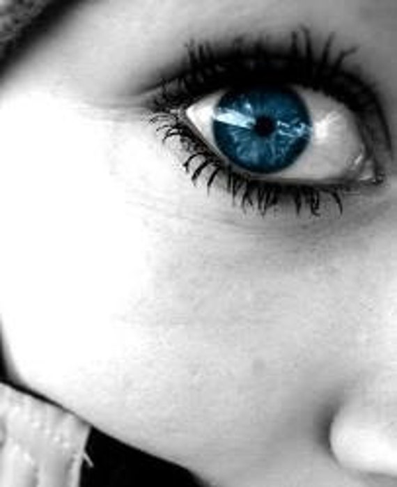 Round the Eyes - anti aging eye oil