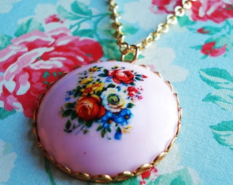 Vintage Cabochon Necklace Nostalgic Posy  Pale Lavender  Acrylic Floral Cabochon  Gold Plated Chain Red Roses Blue Flowers Lilac, Floral